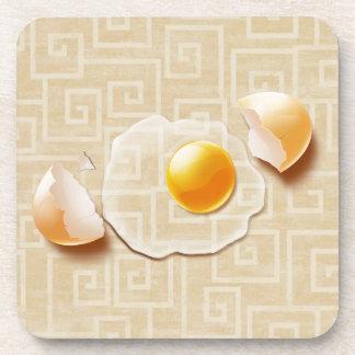 Huevo agrietado posavasos