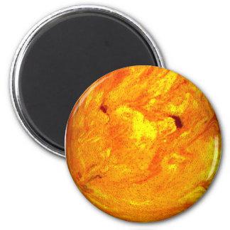 Huevo de Pascua anaranjado del remolino Imán