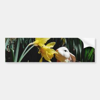 Huevo de Pascua del conejo y del amarillo Pegatina Para Auto