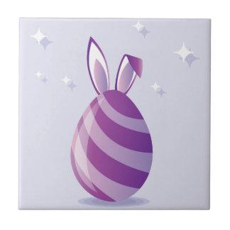 Huevo de Pascua púrpura con vector de los oídos Azulejo Cuadrado Pequeño