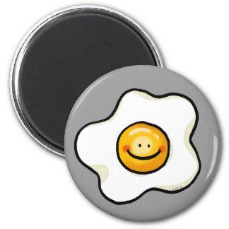 Huevo frito lindo imán redondo 5 cm