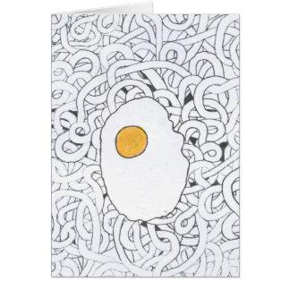 Huevo frito y espaguetis tarjeta pequeña