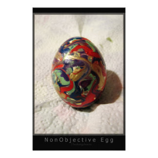 Huevo no objetivo  papeleria de diseño