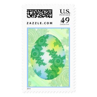 Huevo pintado azulverde y amarillo sellos