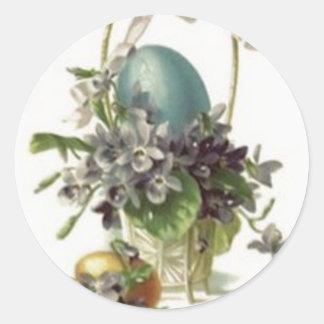 Huevo pintado coloreado cesta de Pascua violeta Pegatina Redonda