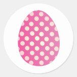 Huevo rosado pegatina redonda
