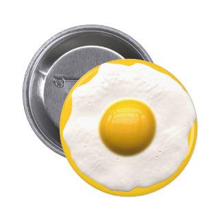 Huevo sobre fácil pin redondo de 2 pulgadas