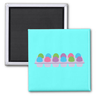 Huevos coloreados lindos en cartón imán cuadrado