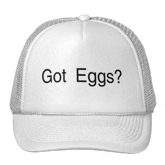 Huevos conseguidos gorros bordados