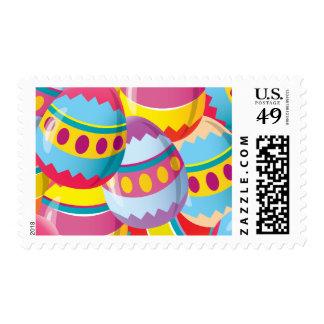 Huevos de Pascua coloridos - colores de la fiesta Sello