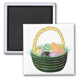 Huevos de Pascua en cesta decorativa Imán Cuadrado