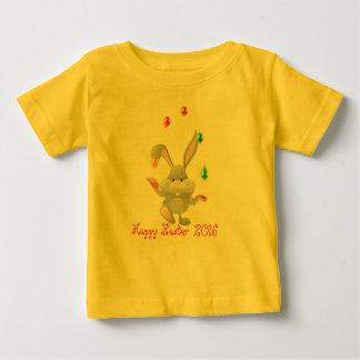 Huevos de Pascua felices que hacen juegos Playera