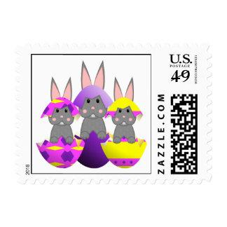 Huevos de Pascua grises del conejito Envio