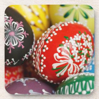 Huevos de Pascua pintados a mano Posavasos De Bebida