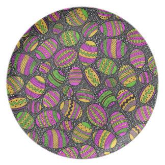Huevos de Pascua pintados Plato