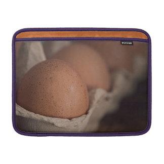 Huevos frescos de la granja funda  MacBook