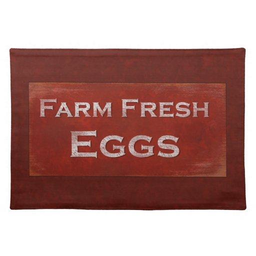 Huevos frescos de la granja mantel individual