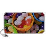 Huevos plásticos llenados de las habas de jalea iPod altavoces