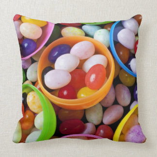 Huevos plásticos llenados de las habas de jalea cojín decorativo