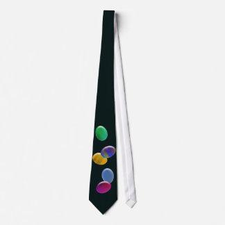 Huevos que caen corbata