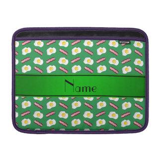 Huevos verdes conocidos personalizados del tocino funda  MacBook