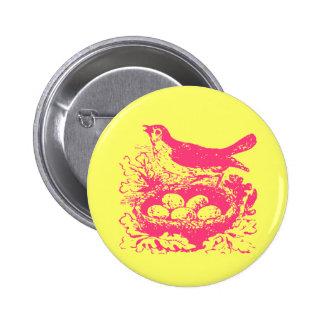 Huevos y jerarquía del pájaro del vintage pin redondo 5 cm