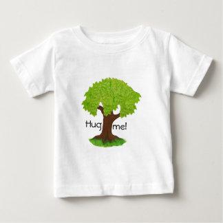 Hug me! baby T-Shirt