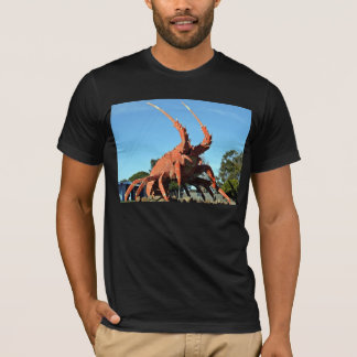 Huge crab Statue in grassy ground T-Shirt