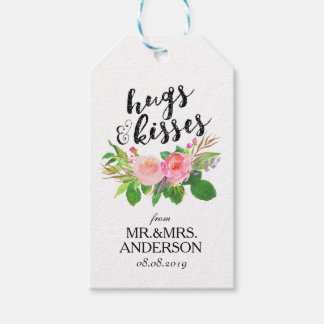 """Hugs & Kisses"" Floral Wedding Favor Gift Tags"