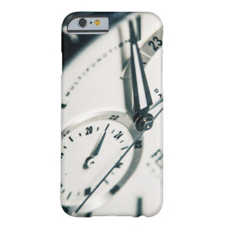 Hull CLOCK Barely There iPhone 6 Case