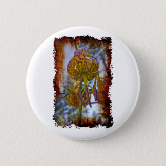 Humboldt Lily Button