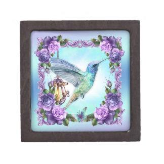 "Hummingbird And Rose Gift Box Small (2"" x 2"")"