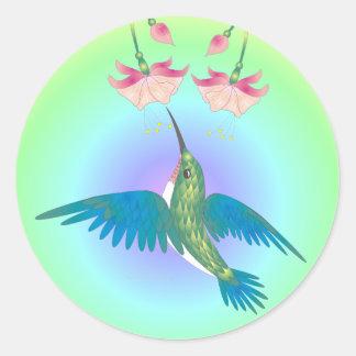 HUMMINGBIRD & FUCHSIA by SHARON SHARPE Classic Round Sticker