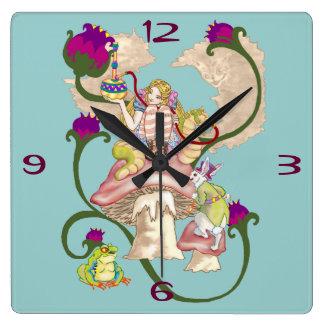 Humo de Chesire Relojes De Pared