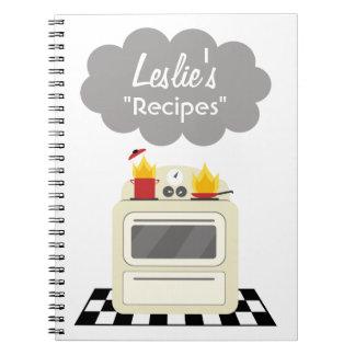 Humo de la cocina y cuaderno retro de la receta de