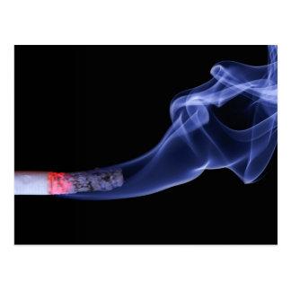 Humo del cigarrillo postal