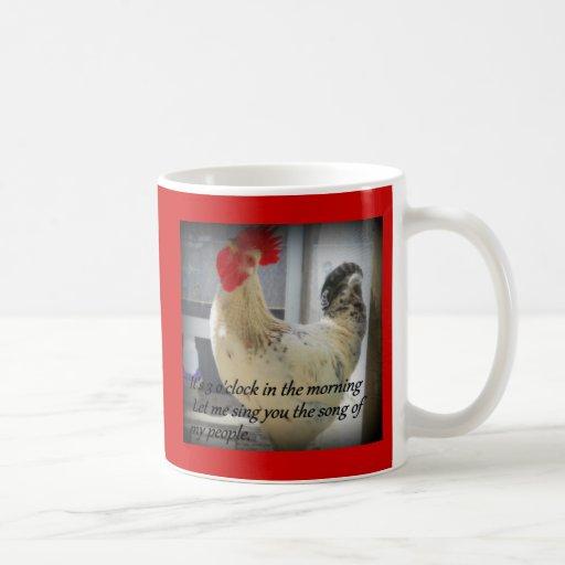 Humor de cacareo del gallo taza de café