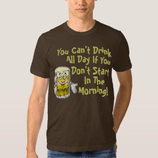 Humor de consumición de la cerveza divertida poleras