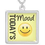 Humor de hoy feliz y sonrisa joyería