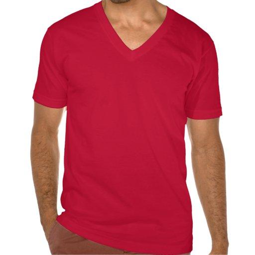 Humor de la camisa de la universidad en rojo