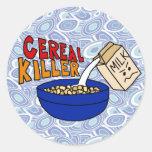 Humor de la comida de desayuno del asesino del pegatina redonda