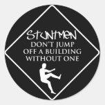 Humor de los Stuntmen Etiquetas Redondas