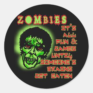 Humor de los zombis etiquetas redondas