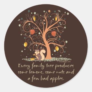 Humor del árbol de familia pegatina redonda