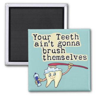 Humor del dentista y del higienista dental imán cuadrado