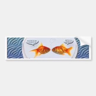 Humor del fishbowl del Goldfish Pegatina Para Auto