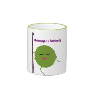 Humor del ganchillo taza de dos colores