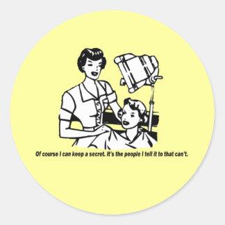 Humor del peluquero - por supuesto puedo guardar pegatina redonda
