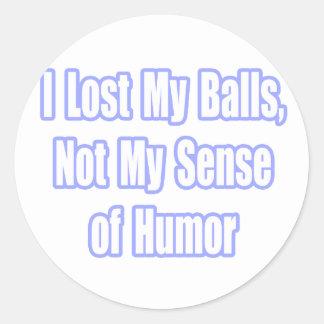 Humor del superviviente del cáncer testicular pegatina redonda