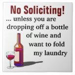 Humor del vino ninguna muestra solicitante azulejo cuadrado grande